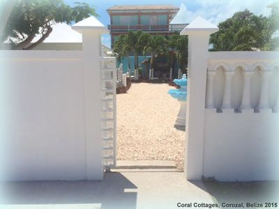 Exclusive gated entrance to Hummingbird & Orchid Cottages..