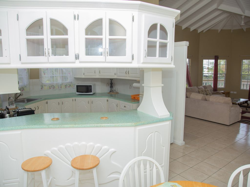 Comfortable Do it Yourself Free Style Island Home