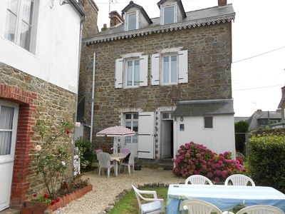 Photo for Saint malo parame - spacious home, large garden, on the seafront.