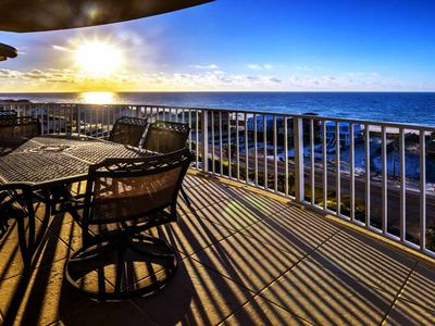 Photo for 4 Bedrooms w/privacy~Private Beach Access~Sleeps 12 w/ Gorgeous Views!