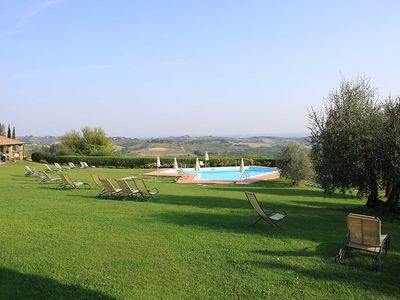 Photo for Apartment in San Gimignano with Parking, Internet, Air conditioning, Pool (117213)