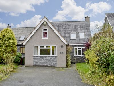Photo for 5 bedroom accommodation in Bala