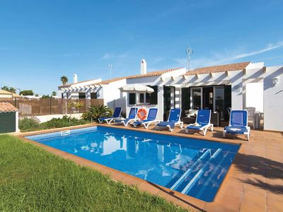Photo for Spacious modern 3BR villa with a pool and all modern comforts in desirable area