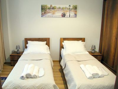 Photo for Suite with 2 single bed 1 bathroom
