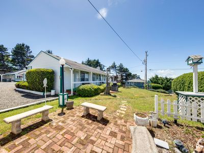 Photo for Motel suite w/ separate bedroom - near the ocean, walk downtown!