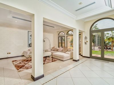 Photo for Amazing 4 Bed Villa | Beachfront | Canal Cove