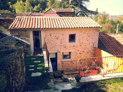 Photo for Charming lodging in green and quiet quarter, close to the city