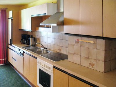 Photo for Cosy apartment for 18 people with WIFI, TV, balcony and parking