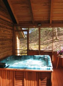 Photo for Hot Tub, creeks, fire pit, picnic & less than 3 mi. to Gatlinburg & Pigeon Forge