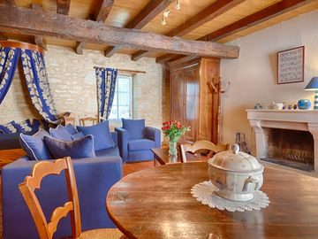 Saint Michel Le Cloucq: Old character cottage in south Vendee