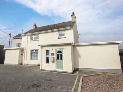 Photo for OLD POLICE STATION, pet friendly in Rhosneigr, Ref 977762