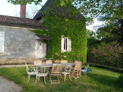 Photo for 4BR House Vacation Rental in Saint-Vincent-Sur-L'isle, Nouvelle-Aquitaine
