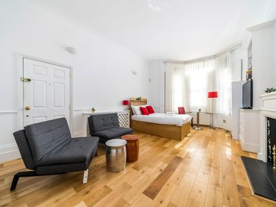 Photo for NEW 1 Bedroom Earls Court Flat Centre of London