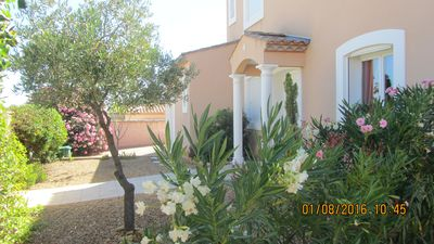Photo for VILLA of 170 m2 / 6 people / private pool: 40m2 / Mediterranean / Herault / beaches