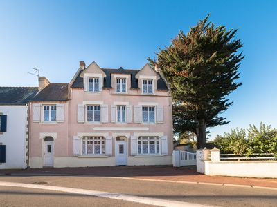Photo for Beautiful house with garden and three apartments for 13 persons - St. Pierre Quiberon