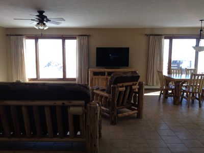 Open floor plan - enjoy the 180 degree view of the lake while cooking