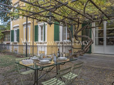 Photo for Olimpia House - Florence center near Piazza Santa Croce 2 bdr
