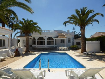 Photo for Fabulous 4 bedroom 3 bathroom large family villa with private pool