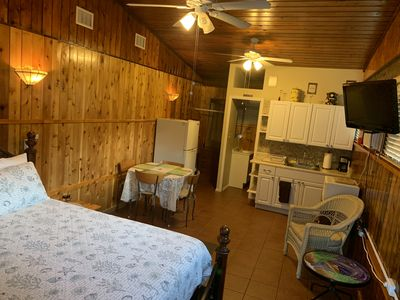 Cute, Quiet And Meticulously Kept  This Private Studio Is Close To  Everything  - Limona Improvement