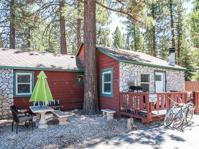 Photo for Badger Chalet  - 2BR/1BA/WiFi/Netflix/Walk to Village/FREE 2 hour Bike/Kayak Rental