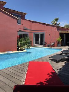 Photo for SPACIOUS VILLA CONTEMPORARY HEATED SWIMMING POOL, BETWEEN SEA AND MONTPELLIER