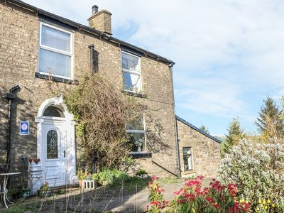 Photo for THE COTTAGE AT MOSELEY HOUSE FARM in Chinley, Ref 951399