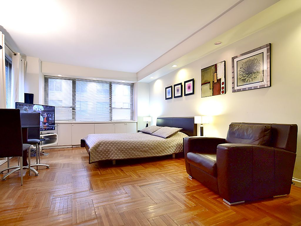 Studio Apartment Manhattan manhattan studio apartment in a luxury, 24 hour doorman building