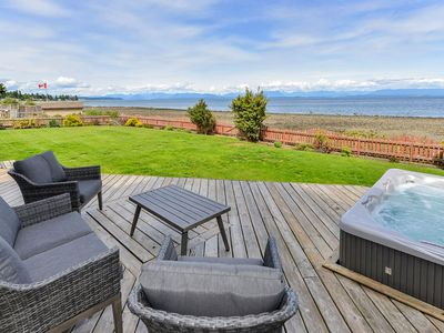 Photo for Spectacular Beach Front House with Hot Tub Near Stories Beach