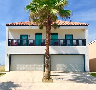 3 bedroom townhome 2400sqft on South Padre Island