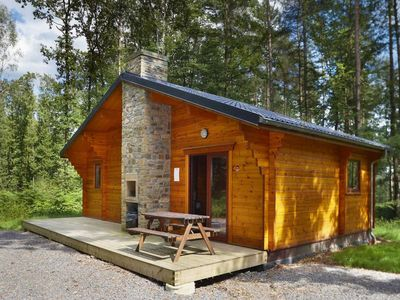 Brand new chalet for 6 to 8 persons. Situated in the middle of the woods in the holiday resort of Oi