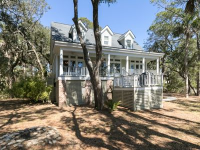 Photo for Low Country Splendor! 3BR/2.5 BA Home! Pet Friendly! Amenity Cards!