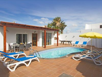Photo for Villa Amanda - 3 Bedroom villa - Jacuzzi and heated pool - Pool table - Perfect for families