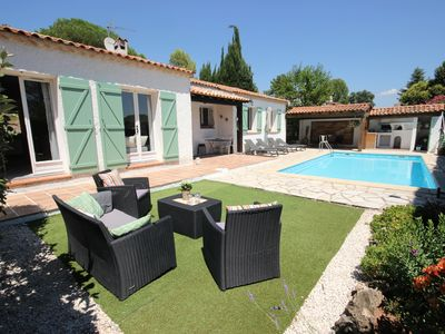 Photo for Provencal villa with heated pool in beautiful surroundings, close to the beaches