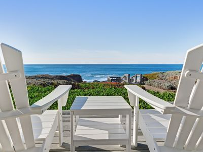 Photo for Large waterfront home w/ furnished deck & private cove - Amazing panoramic views
