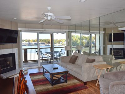 Photo for FREE NITE*ON MAIN CHANNEL *OVERLOOKS PT POOL*SLEEPS 10 *3Bed/2Bath*2 KINGS WIFI