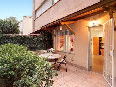 Photo for Gallo Vatican Apartments - free Wifi and Sky TV