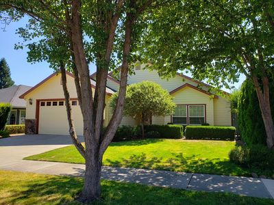 Photo for Rogue Valley Retreat in Medford, OR - Reduced 12/1-3/31