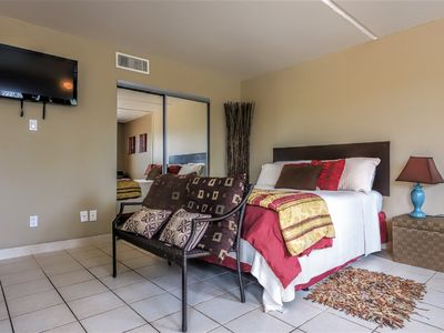 Photo for Gulfview II 105: AFFORDABLE studio for small FAMILY! Close to SCHLITTERBAHN!