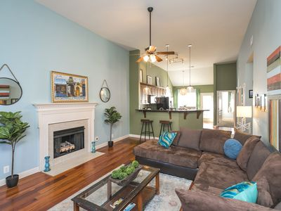 Photo for Artist's Home with 6 Beds Just 3 Miles From Downtown In A Gated Community