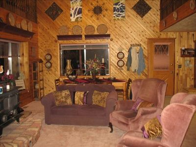 Photo for Majestic Mountain Cabin Retreat - Cozy Restful Place to Enjoy