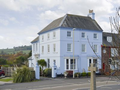Photo for 2 bedroom accommodation in Starcross, near Dawlish