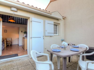 Photo for Vacation home Les Jardins de l'Océan in Vaux Sur Mer - 4 persons, 1 bedrooms