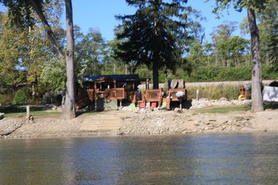 Romantic Shitake Cabin for two on the Wabash River River