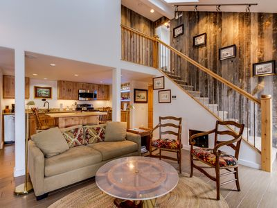 Photo for Mountain views, nearby skiing, and a shared hot tub await from this great condo