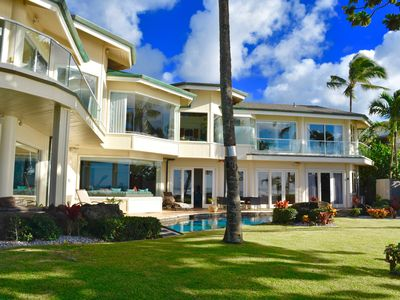 Photo for Beachfront Luxury Property with Swimming Pool and AC