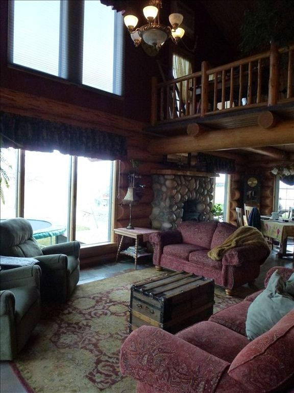 Home In Country Great Mtn Views And Close