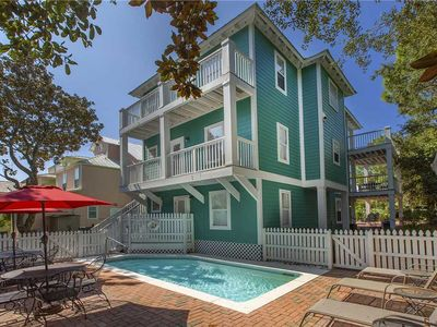Photo for Peek A View - Private Pool, Gated Community, Close to Shops and Restaurants!