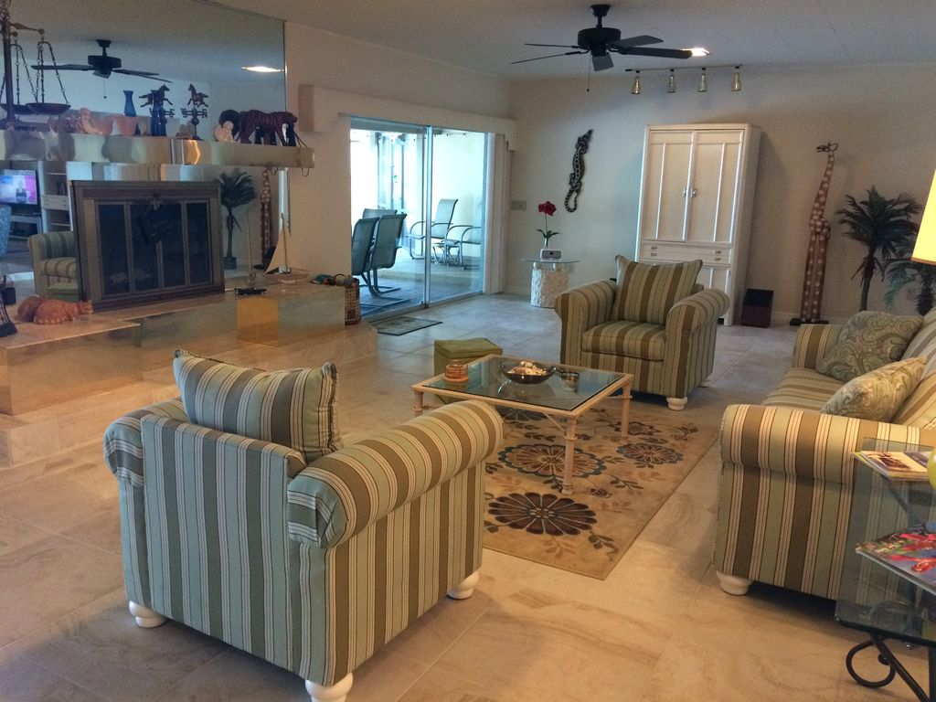 Luxury Riverfront/Gulf Home With heated Pool&Spa, Dock and Sweeping River Views