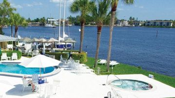 Charter Club, Old Naples, Naples, FL, USA