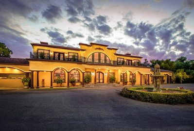 Stunning Italian in the heart of Wine Country